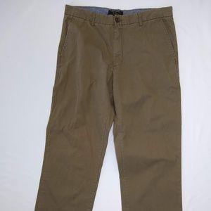 Banana Republic Boot Cut Chino Pants Size 36 / 34